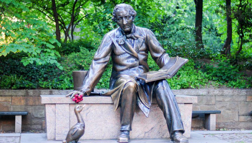 New,York,City,-,June,3,,2008:,Monument,To,Hans